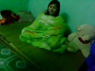 Indian young bf gf Couple in bedroom Wowmoyback