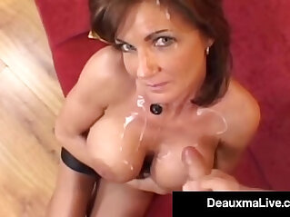 Horny Housewife Gets Pounded Anally Gets Cummed