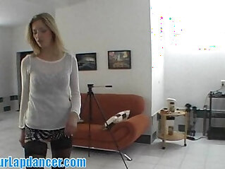 Amateur chick gives a stripshow at the CASTING