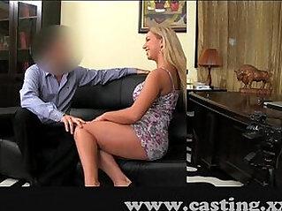 Casting Huge natural big tits blonde babe in casting