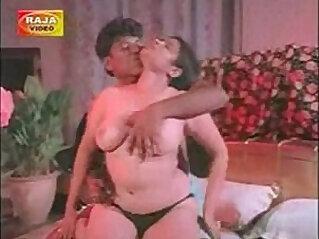 Hot Mumbai Girls in India Call Amber