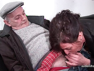Amateur hard DP and facialized in with Papy Voyeur