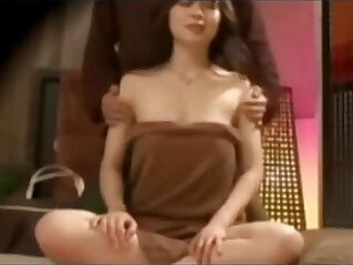 Chinese Traditional Upper body massage to Reduce Physical Stress Hidden camera