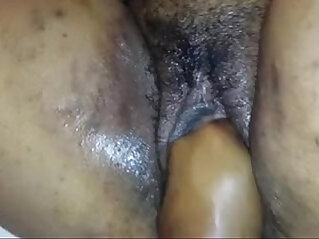 Playing around with my neighbour aunty wet pussy