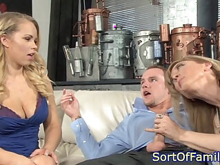 Mature stepmom deepthroating cock on threeway