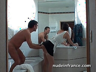 Amateur banged and analyzed in a bathroom