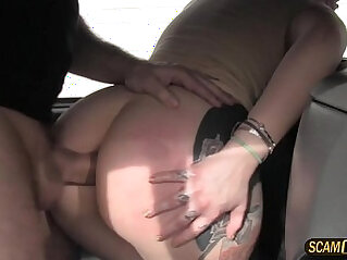 Sexy lady really loves anal banging in the taxicab with the driver