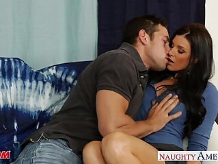 Hot mom India Summer gets wet pussy fucked and nailed