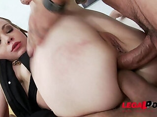Teen does self fisting amazing anal