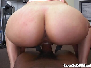 Bigbooty Amateur babe throated and fucked POV